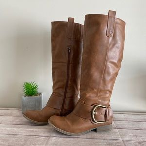 3/$30🦋 JUST FAB Brown Boots with Buckle Detail